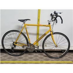 Cannondale R300 Yellow Men's Road Bike w/ Racing Handlebars
