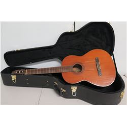 Yamaha G-50A Classical Acoustic 6 String Guitar in Hard Case
