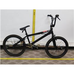 Mongoose Brawler Freestyle Black Boy's BMX Trick Bike