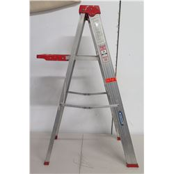 Werner Saf-T-Master Type III Household  4 Step Folding Ladder Model 354