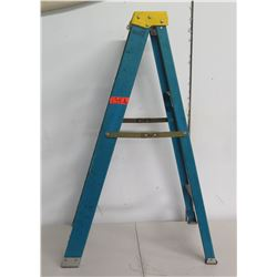 Werner Blue Metal  4 Step Folding Ladder
