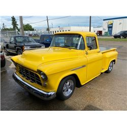 1955 CHEVROLET STEPSIDE SHORT BOX SHOW TRUCK