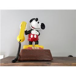 VINTAGE COLLECTIBLE MICKEY MOUSE PHONE NO RESERVE