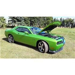 2011 DODGE CHALLENGER SRT8 392 HEMI LOW MILE