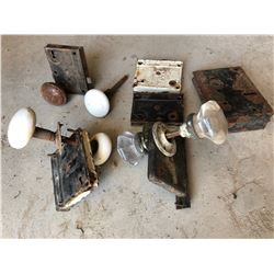 LOT OF ANTIQUE DOOR HARDWARE