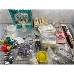 LOT OF VINTAGE CAKE DECORATING AND BAKING RELATED