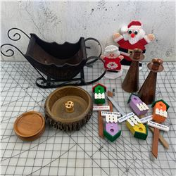 MISC LOT GARDEN STAKES SLEIGH COPPER CANDLE HOLDERS ETC