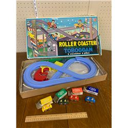 VINTAGE TOY ROLLER COASTER SET WITH BOX