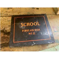 VINTAGE SCHOOL FIRST AID KIT