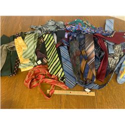 LARGE LOT OF NECK TIES MANY ARE VINTAGE