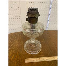 CLEAR ALADDIN OIL LAMP