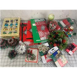 MISC CHRISTMAS LOT