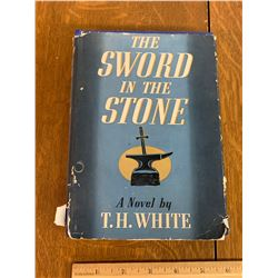 1939 THE SWORD IN THE STONE BOOK BY T.H. WHITE PUBLISHED BY G.P. PUTNAMS SONS