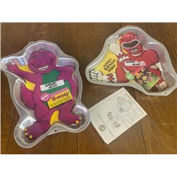 VINTAGE CAKE PANS POWER RANGERS AND BARNEY