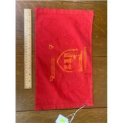 VINTAGE CLOTH DEPT OF HIGHWAYS RED FLAG MARKER