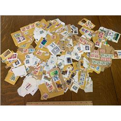 LOT OF USED CANADIAN POSTAGE STAMPS