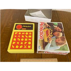 VINTAGE PERFECTION GAME WITH BOX
