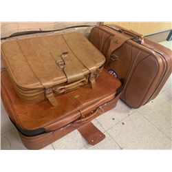 LOT OF 3 SUITCASES