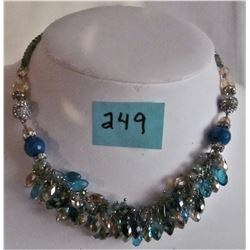 CRYSTAL AND GLASS BEADED RHINESTONE NECKLACE