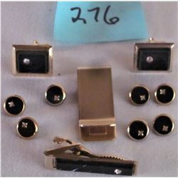 MATCHED SET CUFF LINKS, TIE CLIP, BILL FOLDER AND 7 BUTTONS