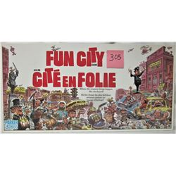 1987 FUN CITY BOARD GAME BILINGUAL COMICAL BOARD GAME