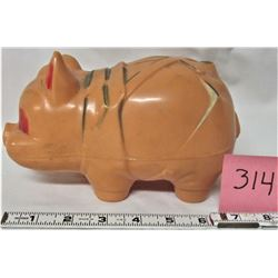 VINTAGE RELIABLE HARD PLASTIC PIG BANK/ STOPPER