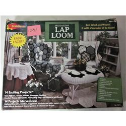 1999 CRAFTHOUSE HEXAGON LAP LOOM KIT