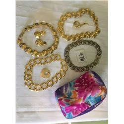 476-VINTAGE 80'S COLLECTION NECKLACES IN FLORAL BAG