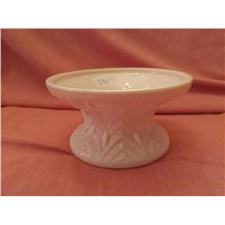 Bowl stand, shell pink, Feather Pattern, Jeanette Glass