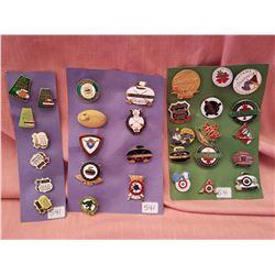 Lot of vintage curling pins, 3 cards