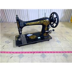 ANTIQUE SMAGER SEWING MACHINE
