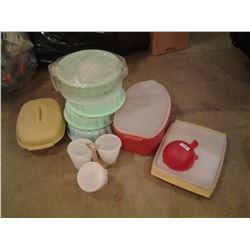 Tupperware lot