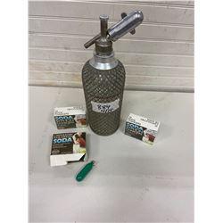 spritzer bottle c/w 3 boxes-30 soda syphem chargers