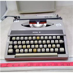 1972 Royal 200 Manual Typewriter