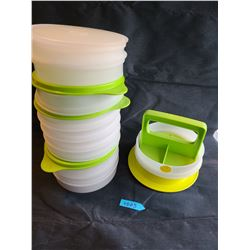 Tupperware hamburger maker set (17 pieces)