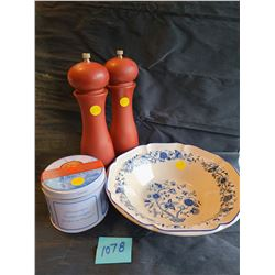 "Set of dark red salt & pepper mills, Holland stroopwafel tin, ""Korea Coree"" vintage blue floral cera"