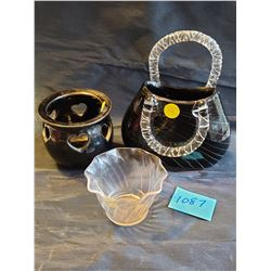 "blown glass black and clear ""purse"" self standing or wall vase, Frilly clear plastic tealight holder"