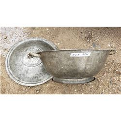 Dough Pan & Lid - Great Condition