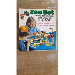 Vintage Play-Doh Zoo Set 1972 Kenner Play-Doh Zoo Set In BoX