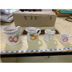 Vintage Gambles Import Corp Japan (4) Measuring Cup Set with Holder