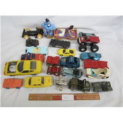 Large Lot of Vintage Toy Cars ect.