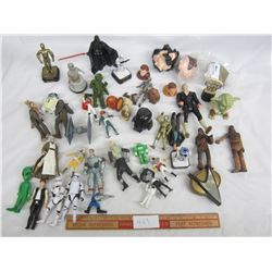 Large Lot of Star Wars Figures