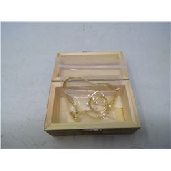 Small wooden box, w/broach and necklace