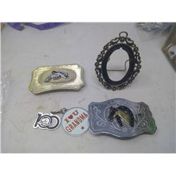 2 BELT BUCKLES, KEY CHAIN, SMALL FRAME
