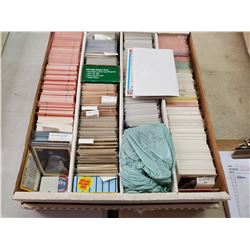 LARGE BOX OF BASEBALL CARDS (DONRUSS 82, 84, 86, O-PEE-CHEE 90, SCORE, FLEER, ETC)
