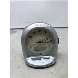CENTRIOS RADIO CONTROLLED ALARM CLOCK WITH INSTRUCTIONS