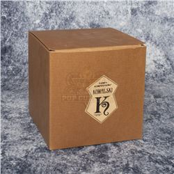 "Fantastic Beasts and Where to Find Them – Prop ""Kowalski"" Cake Box – A77"