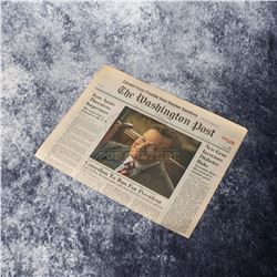 Man of the Year - Robin Williams Autographed Prop Newspaper – A387