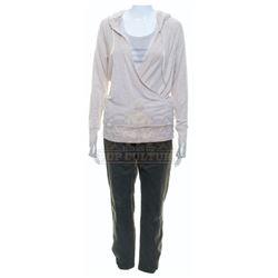 Passengers – Aurora Lane's (Jennifer Lawrence) Outfit – A350