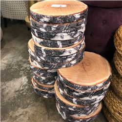 LOT OF LOG SLICE PATTERNED SEAT CUSHIONS
